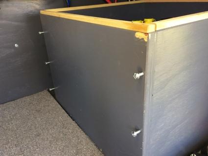 Batterybox09